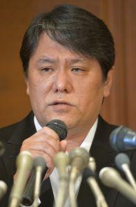 名将与田剛がドラの指揮を取る時!! 竹山は10日、TBSラジオ「たまむすび」に出演し、「メガネを取って髪を横にしたら似てね? ようやくオ