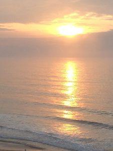 現実逃避させて〜! こんちわ〜( ^_^)/~~~最近、拝見させて頂いております。 雄二です。太平洋もよいですよ。 たま
