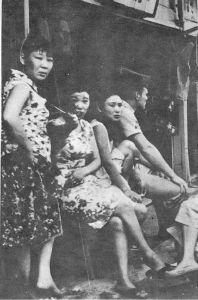 韓国の売春婦問題 最近になって、韓国軍が韓国軍の兵士のSEX処理のために、ベトナムで韓国軍兵士専用の慰安所を作っていた
