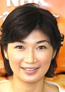 ニュース textream NHKの青山祐子アナ43歳が 5年間で4人目を妊娠。  出産予定時期は来年春。 2011年1月に会社