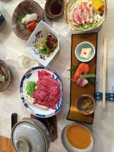 *:._.:*花より団子2*:._.:* 日本最古級の洋風二階建て小学校です。 秋篠宮さまも泊まられたそうです。  お料理、美味しかったですよ