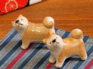 1301 - (株)極洋 プーチンさんが持ち帰った秋田犬の箸置きが話題で売り切れ、 半年待ちらしい。 些細な事で思わぬチャンス