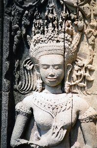 カンチャナブリ 先日、フィルムだった写真をCD化したので、私も写真を載せますね。ただ、フィルムをカンボジアではフィル
