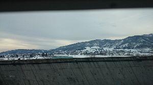 ★愛人が欲しいね★ ここは雪国・・・山が白い