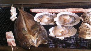 道東さんいらっしゃい!(20代~60代)人生1度きり楽しまなくては損ですよ! 今日の昼に 少し時間あったので 友人と鮭番屋で食事! いつ食べても美味しいですね^^  カップイクラ