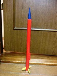 火薬で飛行するモデルロケットを飛ばそう 最近モデルロケット始めました。