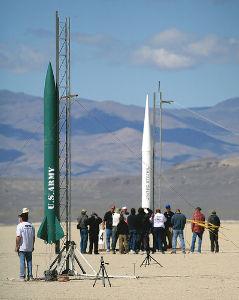 火薬で飛行するモデルロケットを飛ばそう ネバダ州ブラックロック砂漠ででかいのが打ち上げたい P型モータ、Qモータで高度100km宇宙を目指せ