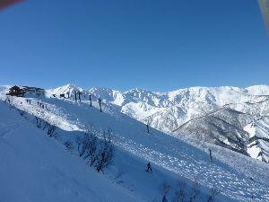 一緒にスキーに行きませんか♪o(^▽^)o 今頃帰りの最中でしょうか?  天候はどうでしたかね~?  自分はやっと憧れの聖地に行ってきました、天