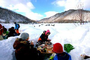 ★  五行歌  ★ 夜  冬の嵐  東京の明日 氷点下?  西日本も  九州でも雪予報  新幹線など交通に乱れの恐れが