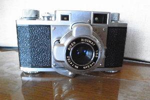 フィルムカメラ(マニュアルフォーカス)がカッコいい! リケン35 リコマツト45mmf3.5 新年早々ジャンクカメラをGETしました。 動作品と記載してい