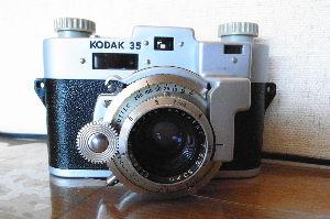フィルムカメラ(マニュアルフォーカス)がカッコいい! 追記 カメラの写真です