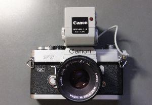 フィルムカメラ(マニュアルフォーカス)がカッコいい! demoさん  面白いカメラですね!米国版フジペット的な・・・ 私のところはこんなカメラとアクセサリ