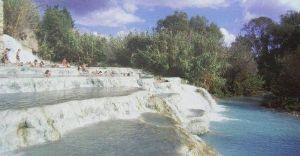 日帰り温泉が大好きな人の部屋 名古屋発 私は温泉が大好きです。 トスカーナの自宅近くに世界的にも有名なサトゥルニア温泉やバーニ ディ ペトリ