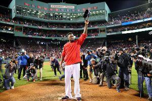 ボストン・レッドソックス オルティスは「パピ!」コールに応えて涙 また、2013年に世界一に輝いたときには、勝利の後に上原を抱