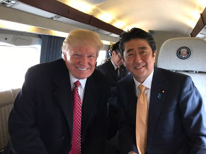 安倍第二次内閣:「強い日本を取り戻す」 両首脳は相性抜群?=日米 時事通信 2/11(土) 11:06配信  素晴らしい友情を育んだ。われわ