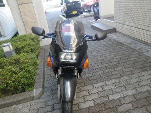 千葉県発!バイク遊びしませんか? ミラーを付け替えてみました。 前にCBR600のミラーを付けていたんですが、また付け替えてみました。