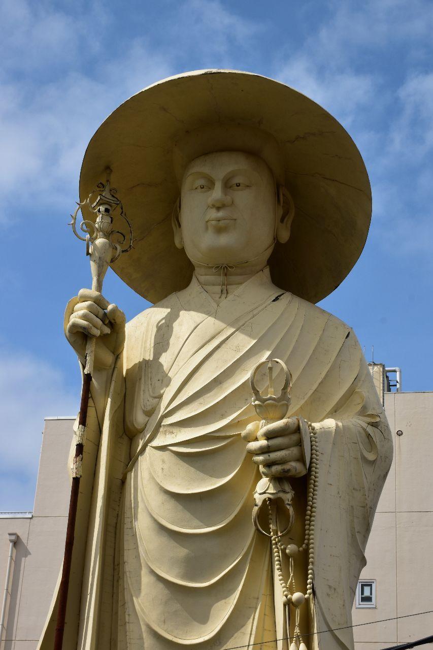 08311128 - MHAM金先物ファンド 東京金先物、最高値更新 金地金も最高値    東京商品取引所の金先物が最高値を更新した。18日の清算