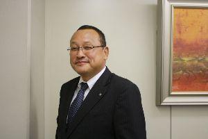 1873 - (株)日本ハウスホールディングス 元マンション事業部長の小嶋 慶晴(懲戒解雇済み)、こいつが不正の張本人です。 こいつ今マジでなにやっ