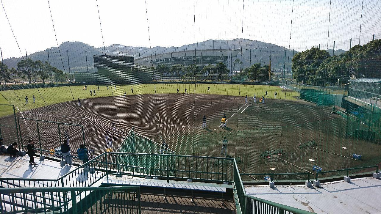 2017年10月9日(月) ロッテ vs オリックス 25回戦 高知キャンプ見学中です(^-^) サードは西野固定。ショートとセカンドは大城、岡崎、コーヘイが交互に