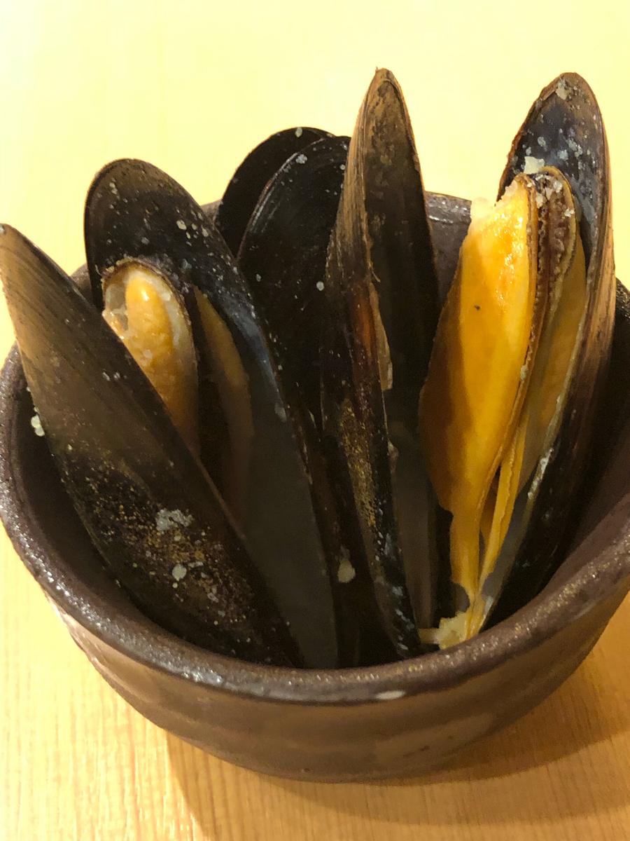 3178 - チムニー(株) 豊丸水産のお通し  「ムール貝3個」