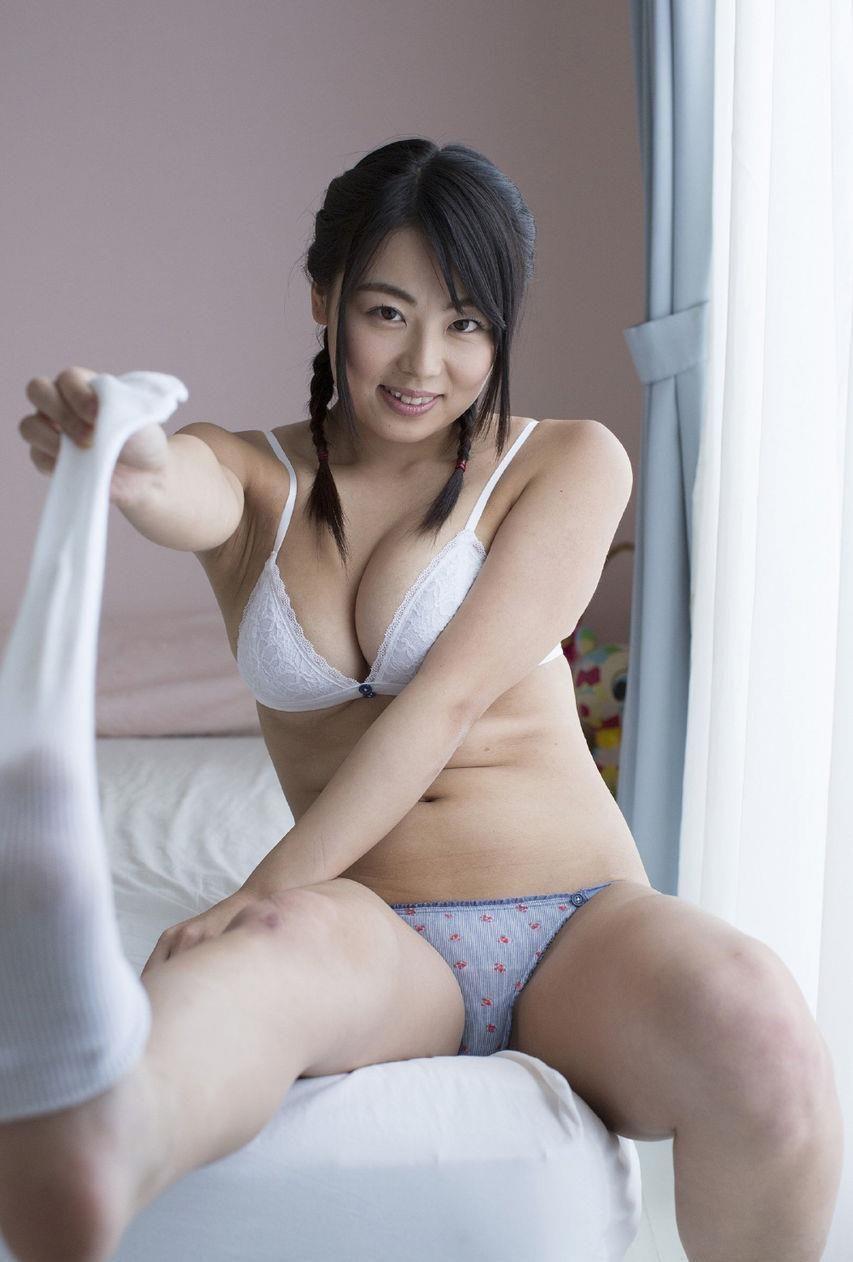 仲倉静香 画像