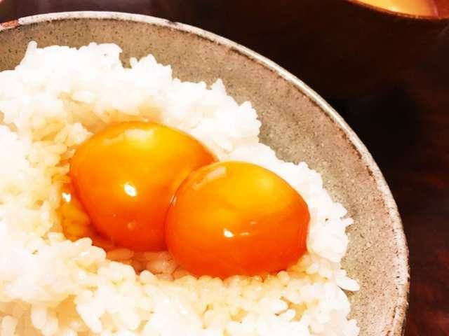 3197 - (株)すかいらーくホールディングス 美味しいものは、個人の舌文化それぞれだよ。 私は、炊きたてのご飯に贅沢だけれども 生卵2個と、納豆を