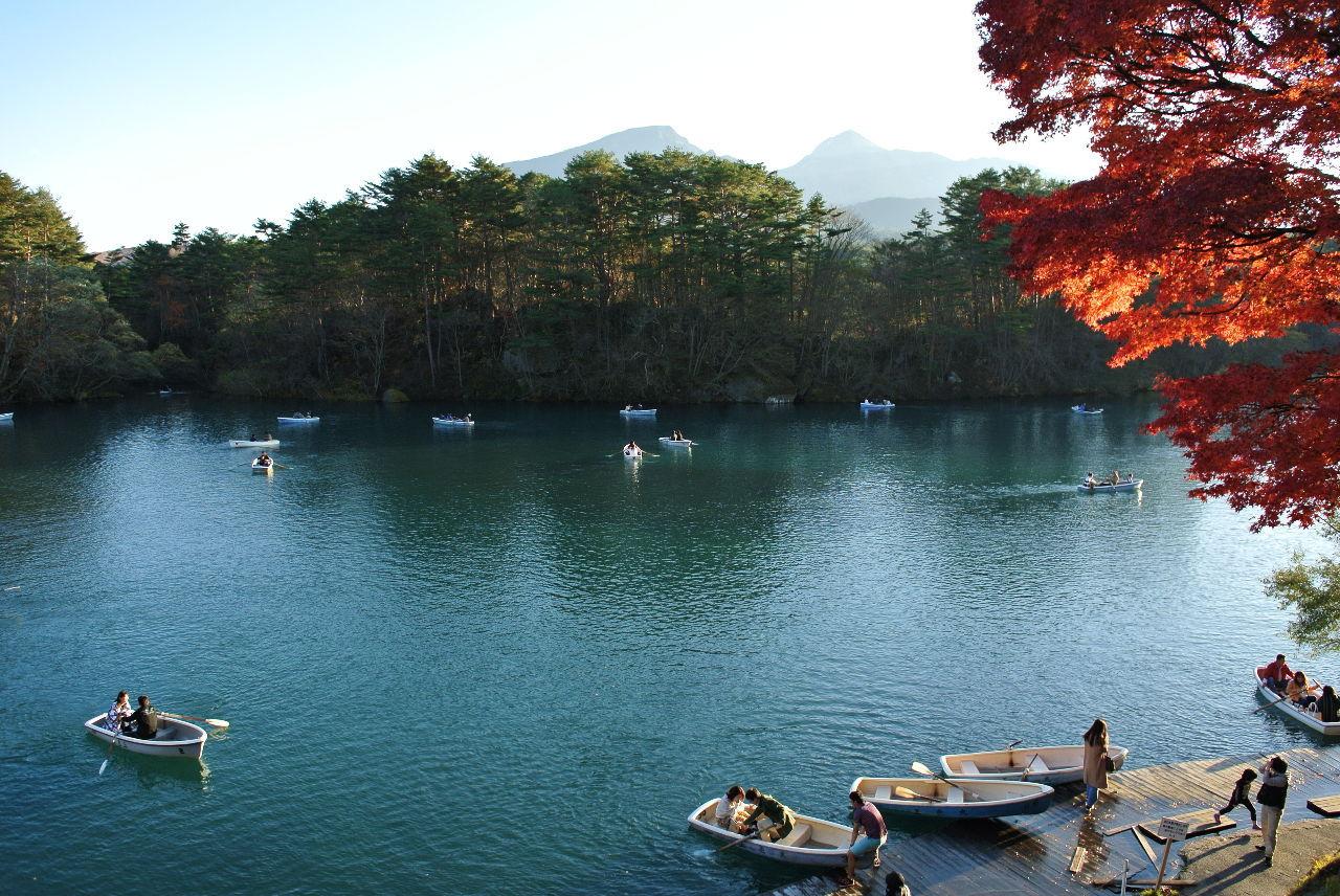 耶馬渓MC倶楽部(やばけいMCくらぶ) 信州・東北ツーリング4日目その3 レイクラインは裏磐梯の秋元湖畔や小野川湖畔を走るのだが、樹林が多く