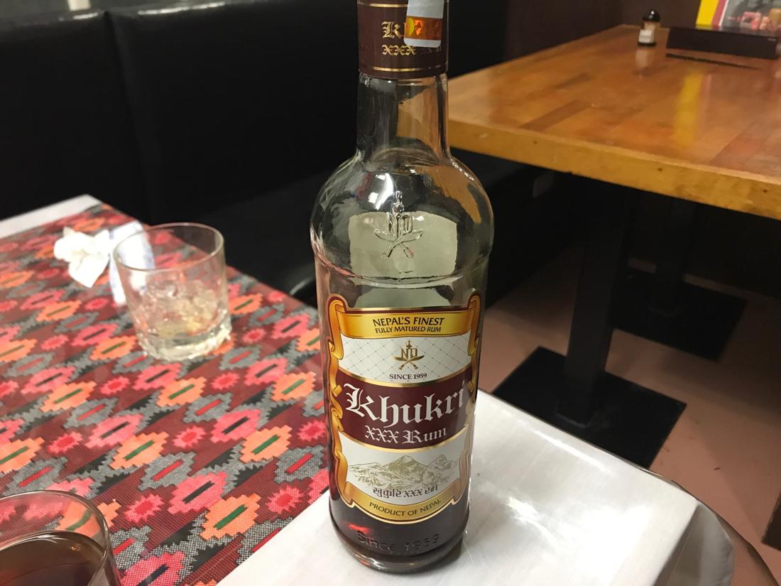6835 - アライドテレシスホールディングス(株) とりあえずこれから揚がっていくための下準備は出来ていると判断して、ネパール人と飲んでました。グルカ兵