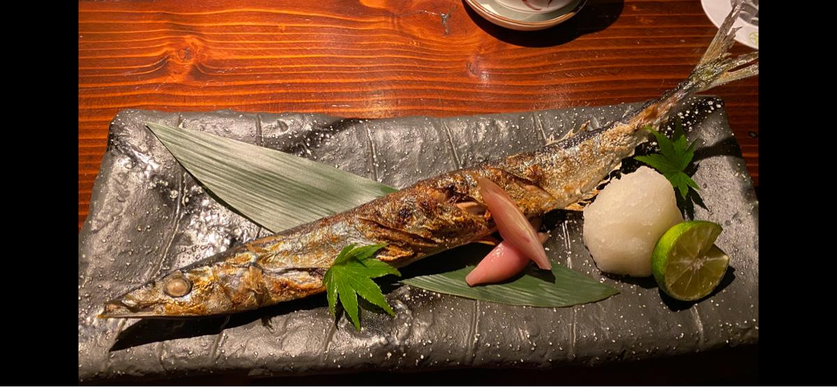 9983 - (株)ファーストリテイリング 晩酌のお供に秋刀魚😋  パクパク♪