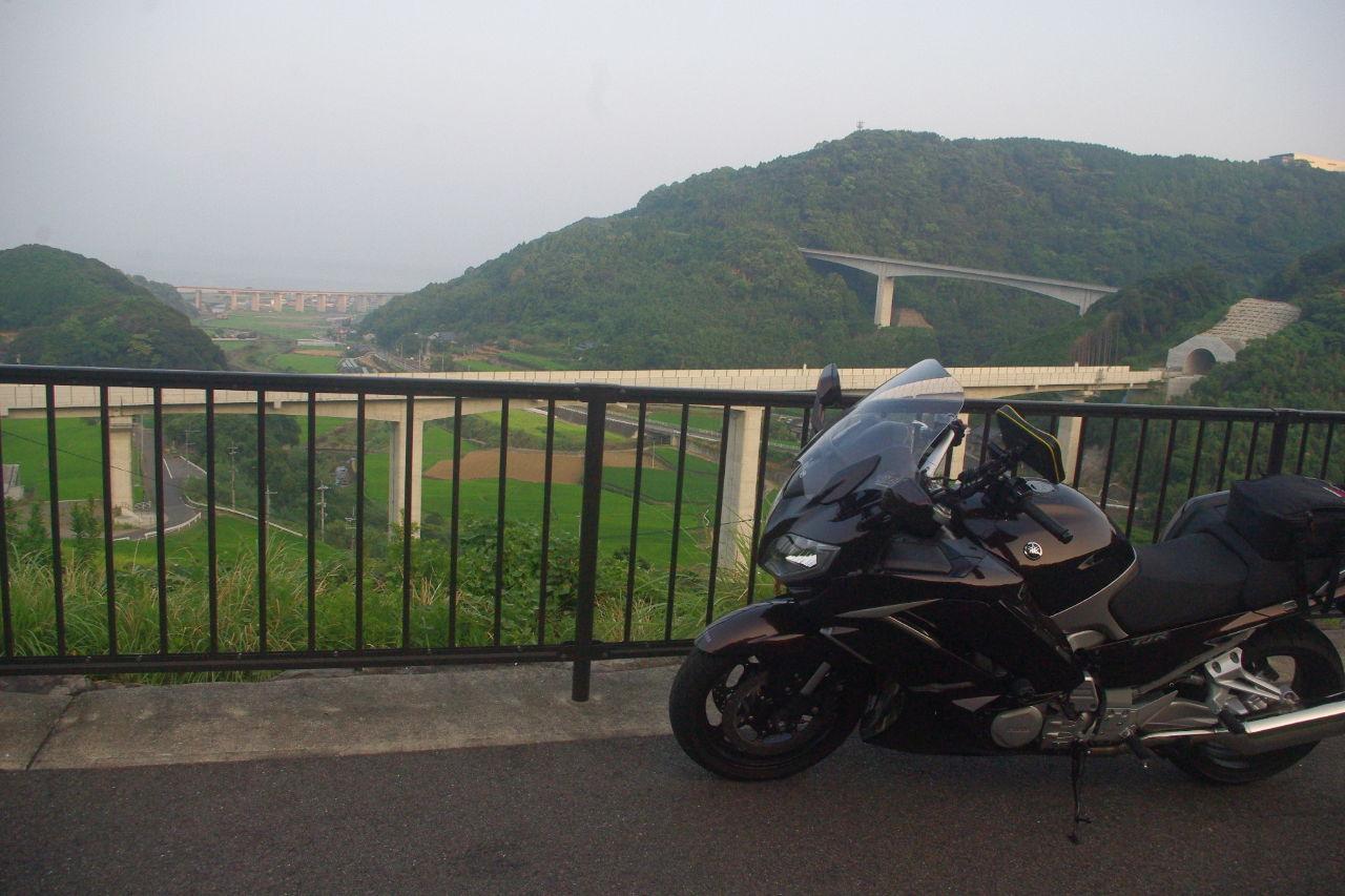 長崎発 オヤジライダー復活祭り 昨日は猛暑の中走ってきましたが今日は早朝の涼しい2時間を走りました