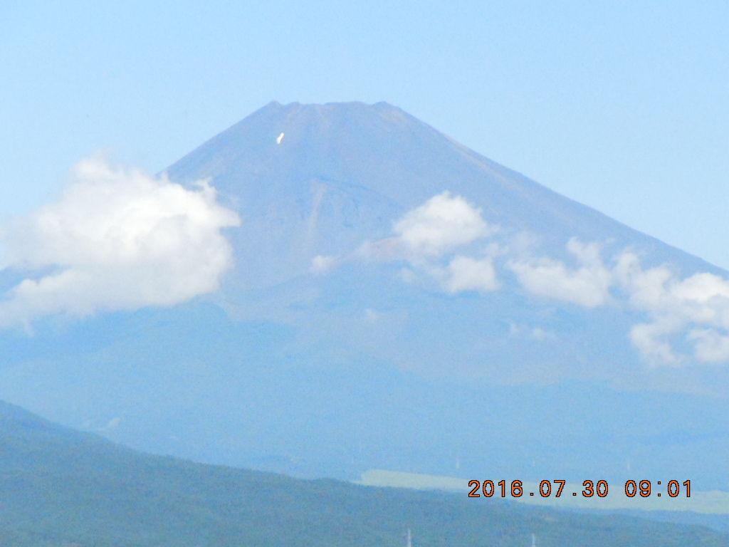走った後のビールはうまい!! 朝からE天気、狩野川沿いをテクテクと17岐路、、 今朝の富士山