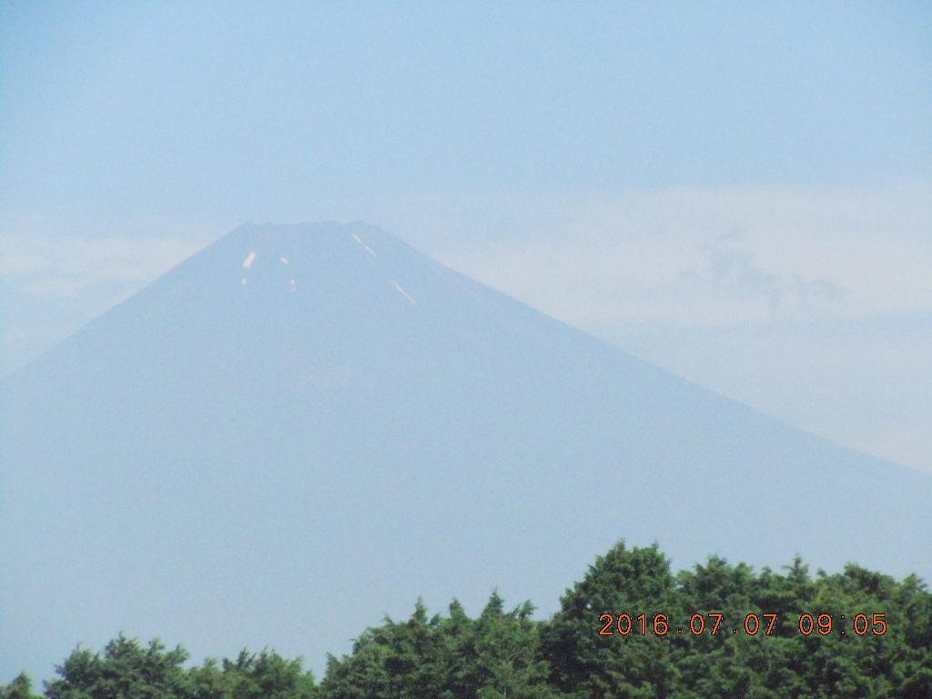 走った後のビールはうまい!! 元気に走ってますぅ。。 夏の富士山