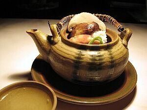 8789 - フィンテック グローバル(株) うらやま~😥 今年は無理そうなので、来年はムーミンに連れて行って貰って 「松茸と秋鱧の土瓶蒸し」が食