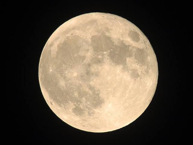 ^KLSE - マレーシア 総合 満月やね
