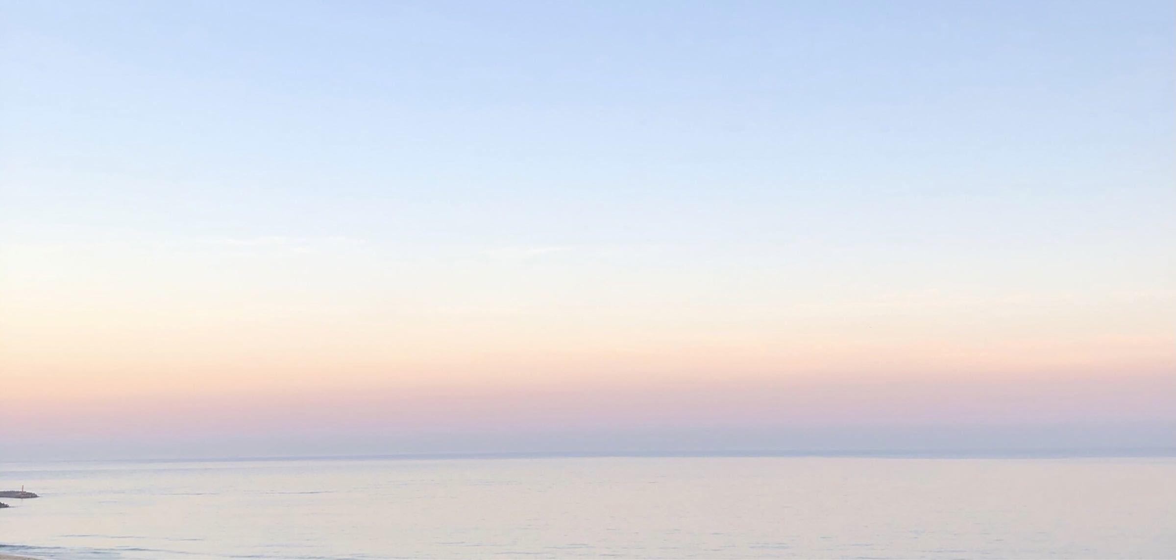 GNIとは何か 好きなもの  虹色の海