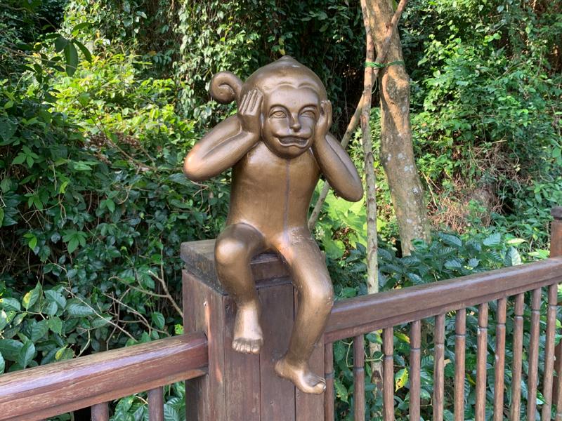 3092 - (株)ZOZO 前澤 ついに銅像か?クソ猿が