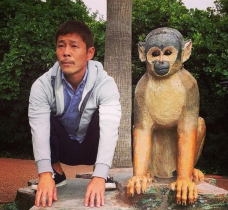 3092 - (株)ZOZO 左の猿  無性にボコボコに殴りたくなるのは 私だけでしょうか?