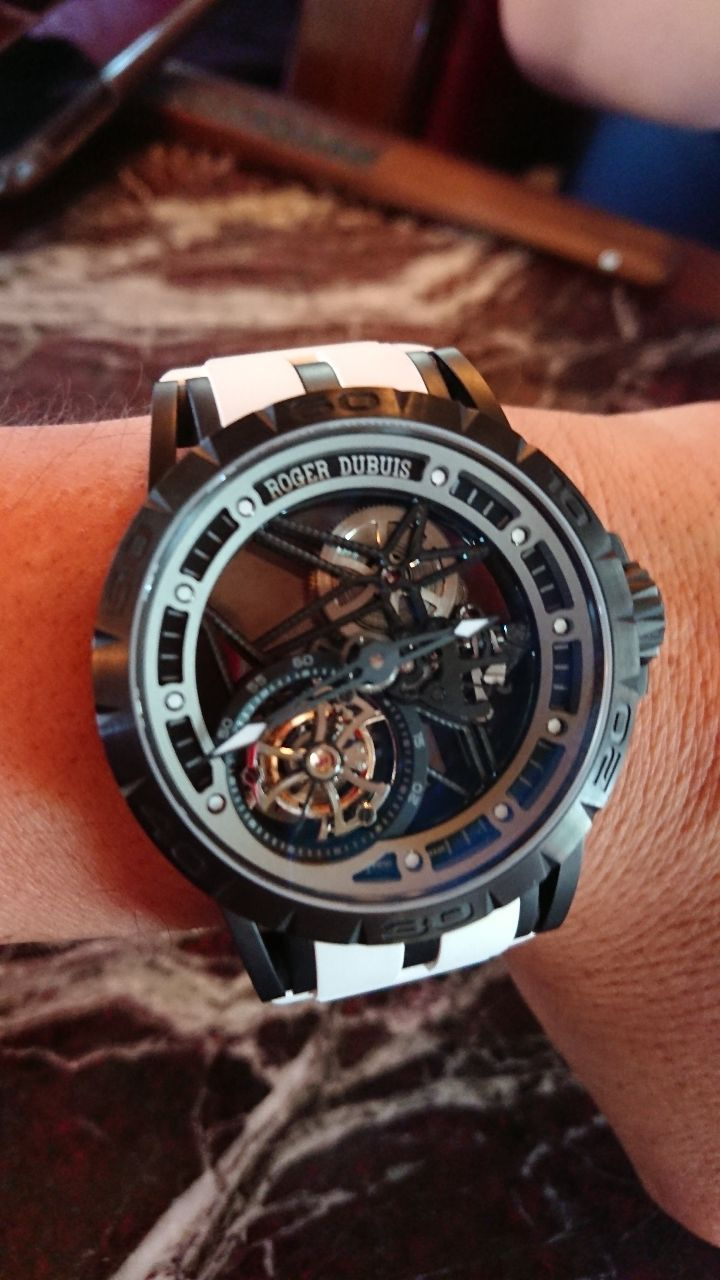 4565 - そーせいグループ(株) (^○^)スイス製高級腕時計買っちゃったよん♪