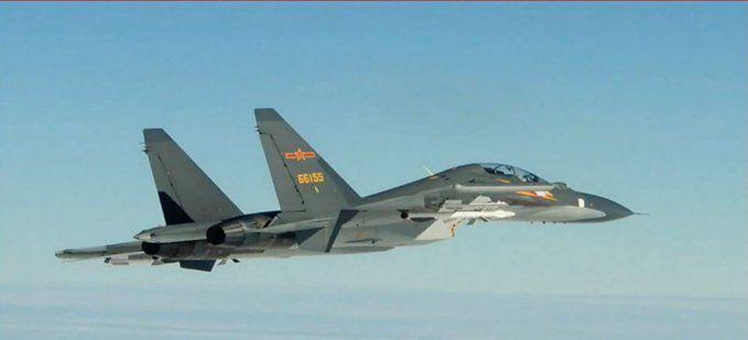 証券会社の注目記事はどうか 中国軍の戦闘機12機、台湾海峡の中間線を越えて侵入:日本経済新聞  2020/9/18 22:16