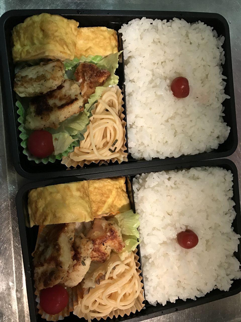 今日の晩御飯 今日のお弁当(*⁰▿⁰*)  野菜が無かった(・Д・)