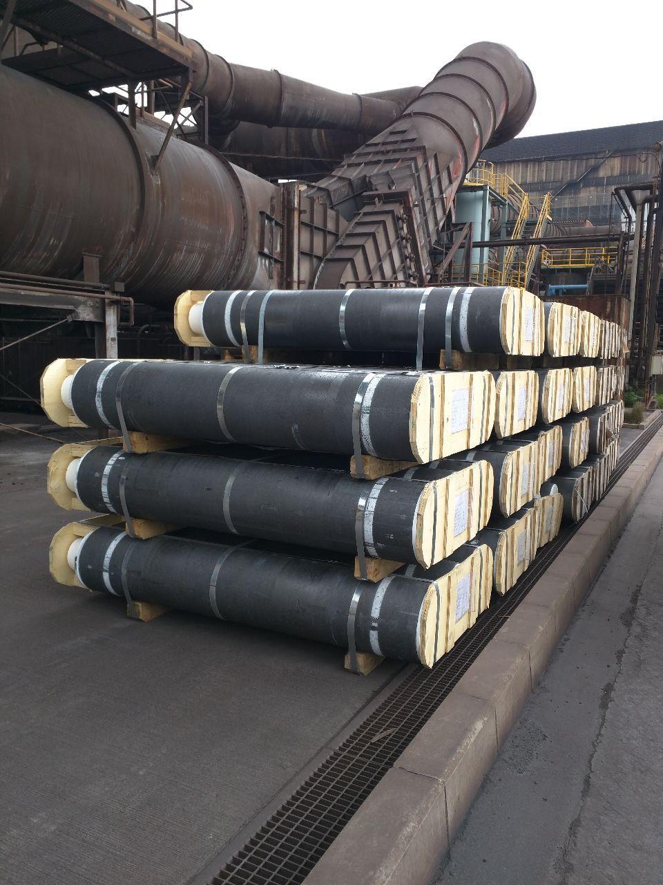 5304 - SECカーボン(株) これら黒煙電極全てMade in China 中国はもう自国で十分製造出来てるし日本の製鉄所は原価の