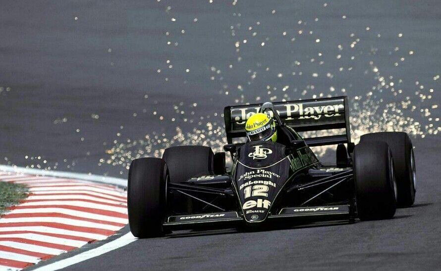RACE - フェラーリ ここ最近、ジリジリと騰がって来ています、為替も円安方向に。 もう米株は此処に絞ることにしました。