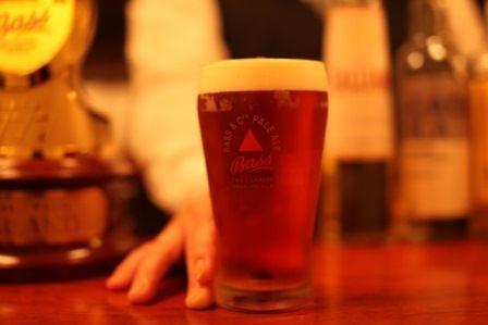 ピノ日記 こんばんは~^^ ほろ酔いで深夜におじゃましまーす カランコロン♪ 今日はビール飲んできました~ マ