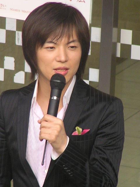 竹島宏を語ろう!! 放送はまだまだ続いてますが  明日朝早く起きないといけないから💦💦録画はしてまーす💖  久々にイケメ