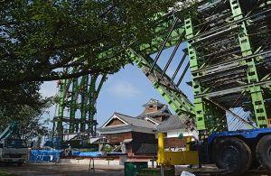 熊本城 歴史の1ページ。今だから見に来て欲しい!! 熊本日日新聞記事の紹介です。 熊本城復興はまず被災現場の保守が直近の課題、素早く取り組んでいます。