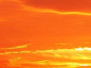 芭蕉から文月まで     「夕焼」      夕焼や一期一会の旅の空    風船