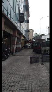 6758 - ソニー(株) ここがPUDUといって  治安はよくないところ  雑居ビルに売春婦がたくさんいる  KL、1ダーティ
