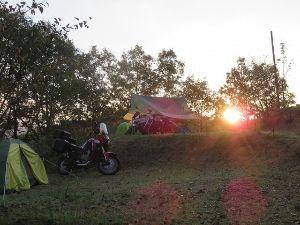長崎~ バイクでキャンプツーリング仲間募集中 先々週末、阿蘇・小国にキャンプ行ってきましたぁ~♪ 温泉付きで最高でした♪ まだまだ暑く、半袖で過ご