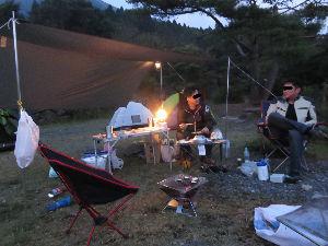 長崎~ バイクでキャンプツーリング仲間募集中 先週末 急遽、阿蘇・小国にキャンプ行ってきました・・・  朝10:00からバタバタ用意して行ってきま