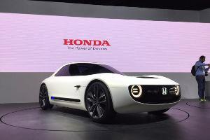 寄り道 これ、電気自動車ではなく、5ナンバーサイズ、200万円くらいで、出してくれよ。 俺が買うから。